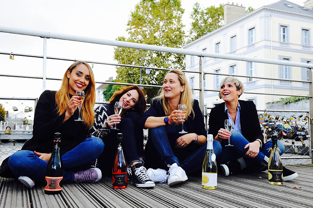 Champagne entre amies