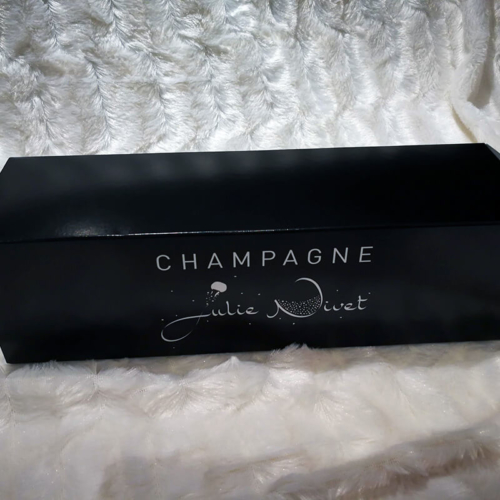 Etui à champagne en carton