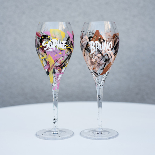 Graffiti Champagne glasses customized by Rise up